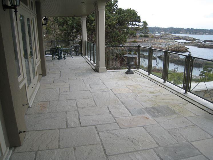 Pavimenti per balconi  Pavimento da esterno  Come scegliere il pavimento per balcone