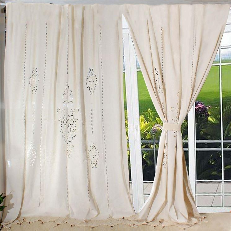 Su ctacasa un ampio assortimento di tendaggi, e tende ricamate per la casa in vendita online. Tende Di Lino Tendaggi Per Interni Materiale Tenda