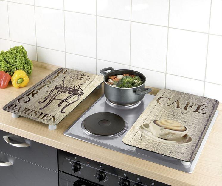 Il coperchio piano cottura  Piani cucina  Copertura fornelli