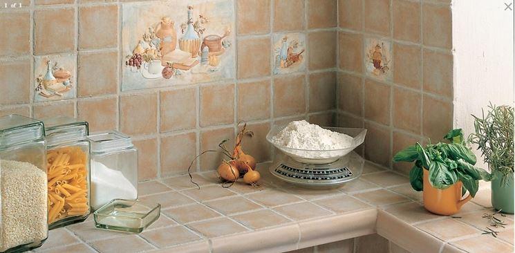 Rivestire con piastrelle la cucina  Piani cucina  Come
