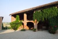 Casarovelli the property