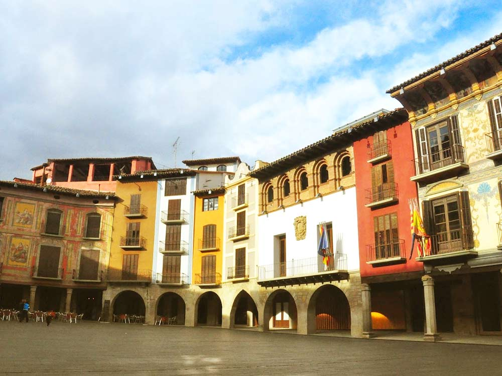 Graus Huesca Spain History Tradition Art And Gastronomy