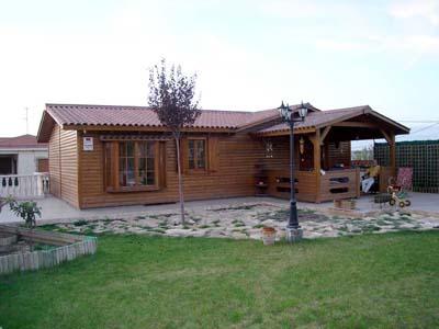 casa madera aquí vivo yo de Casas Carbonell