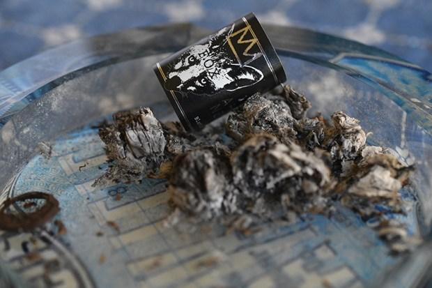 black-label-trading-co-araposa-negra-fox-cigar-exclusive-10