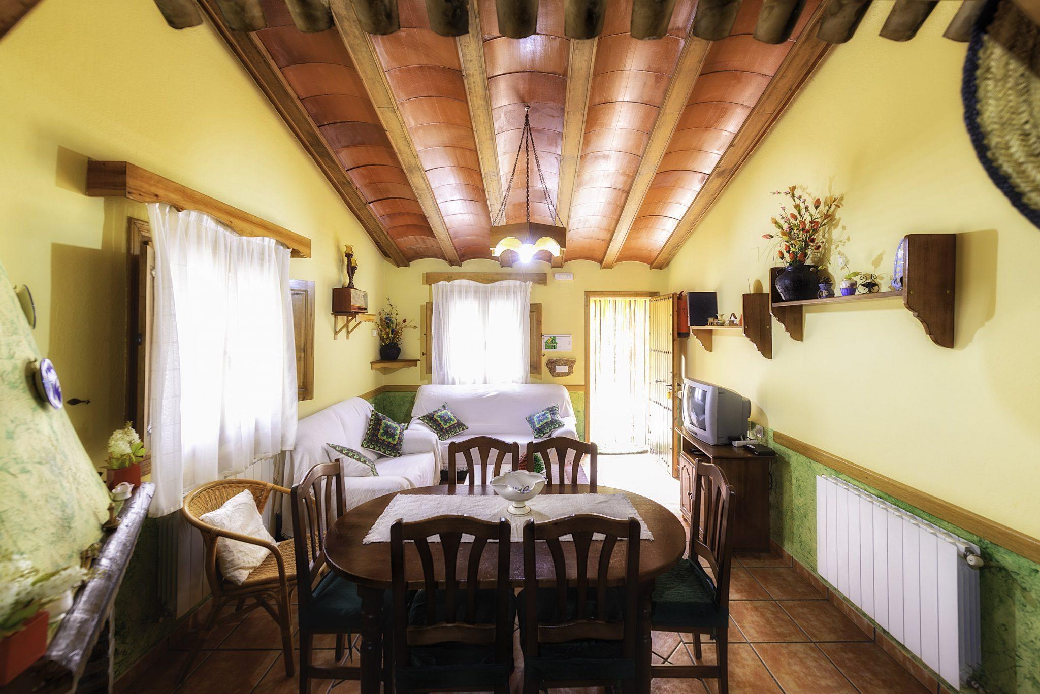 comedor casa 4 imprimir copia-min – Casas Rurales Nerpio