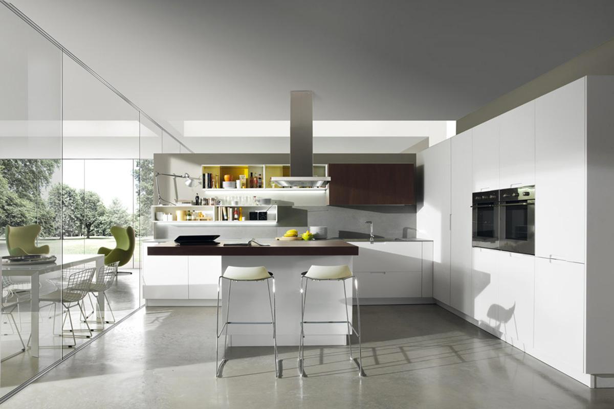 Cucina con penisola e piano snack in rovere  Cucine Salerno
