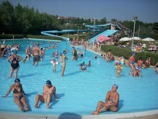 Viaggio fra le piscine della zona Anche benessere e
