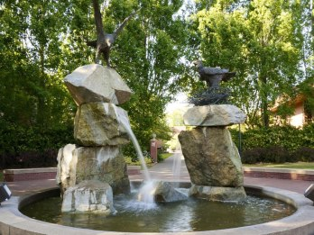 """The """"chicken"""" fountain at Willamette's campus."""