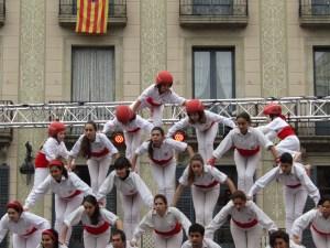 Els Falcons de Barcelona performing the Diada Castellera.