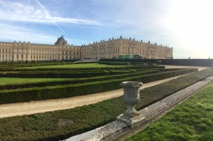 Looking at the palace over the gardens.