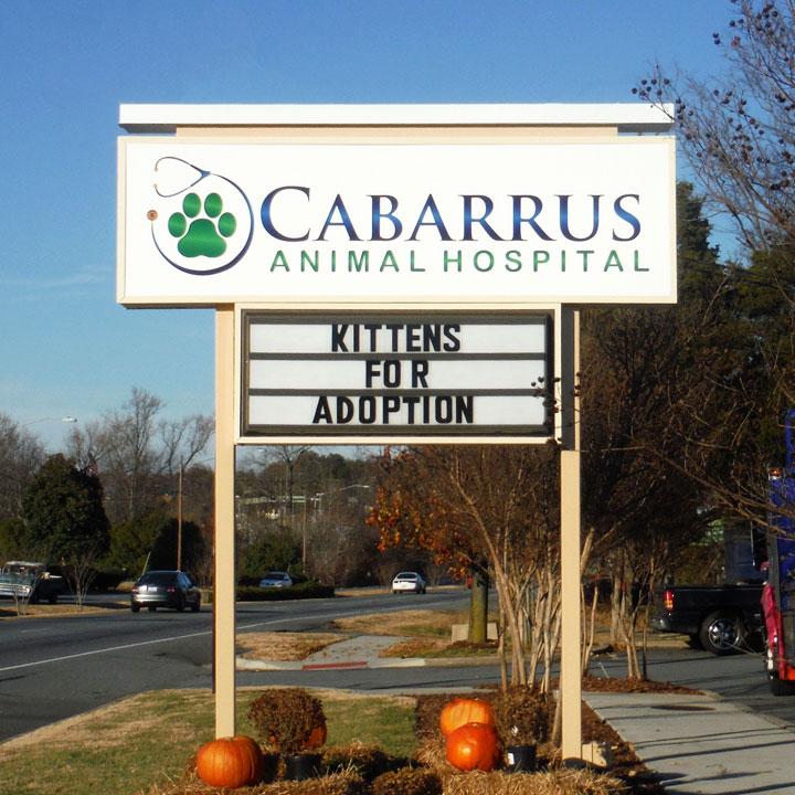 Pole sign for Cabarrus Animal Hospital