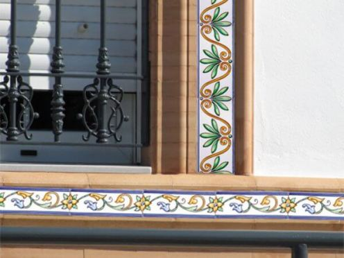 Decoracion_fachada_cenefas_SV
