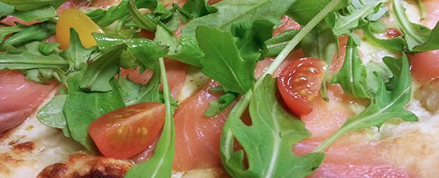 Pizza salmone bianca à la Case à Pizza