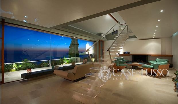 Villa in stile moderno in contesto esclusivo con stupenda