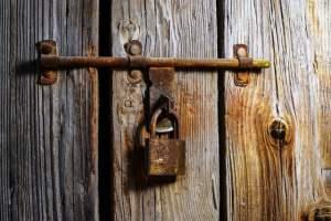 garage door repairs Cranbourne