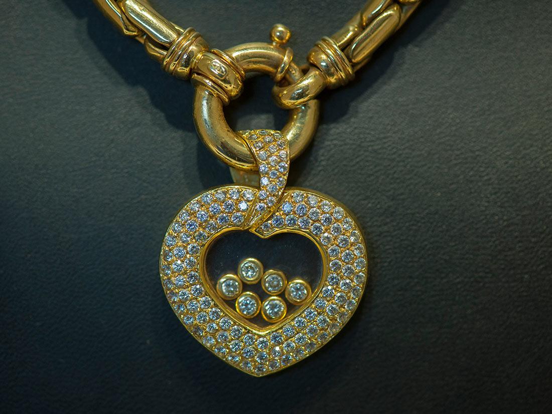 pandjeshuis-cash-direct-hanger-goud