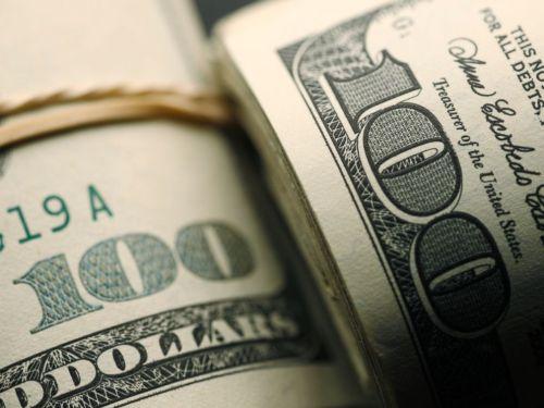 close up of US $100 bills