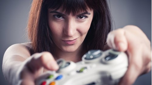 girl with gaming controller