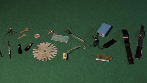 Tools to cheat slot machines apache gold casino pavilion