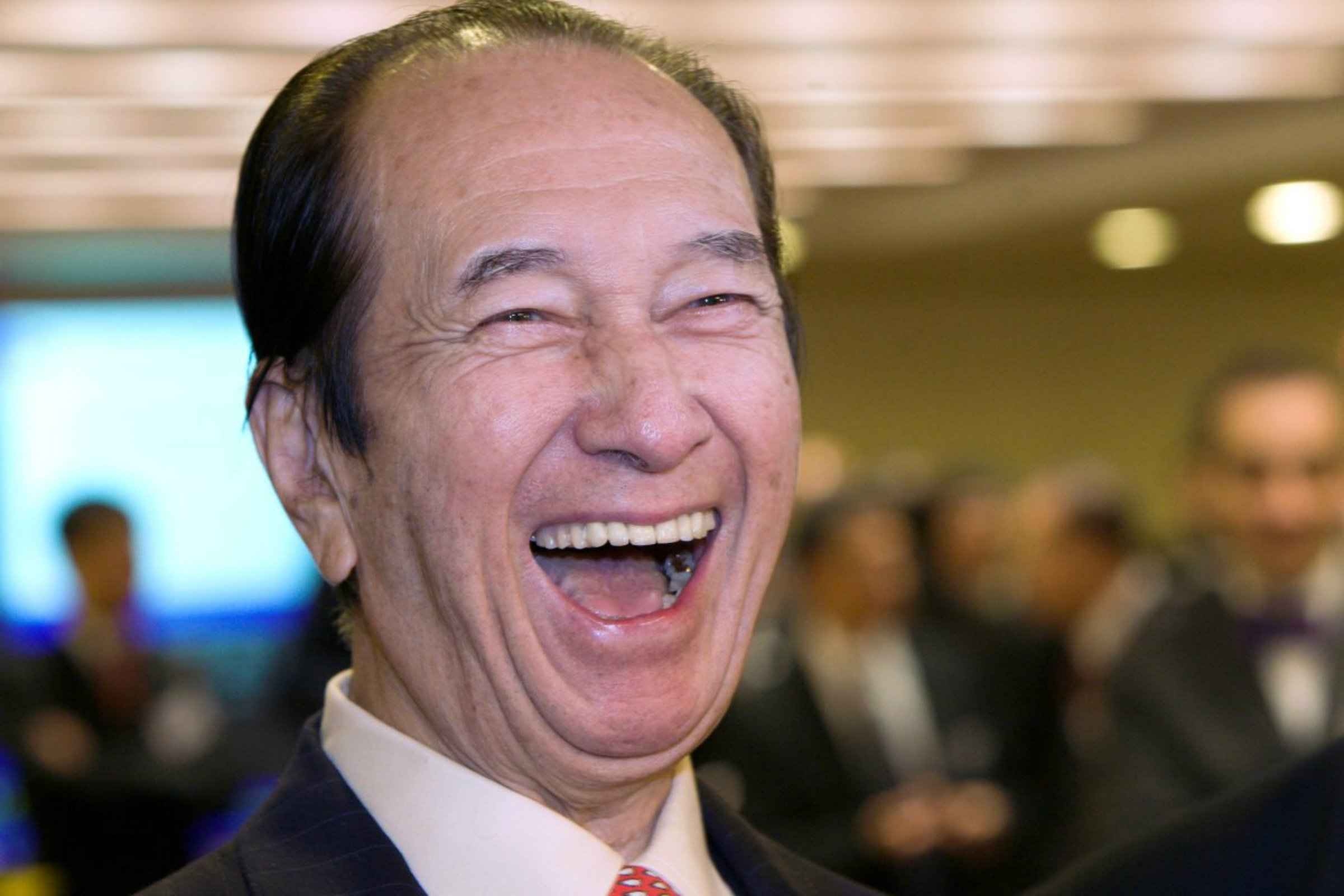 Macau Founding Father Stanley Ho To Retire Hand Reign