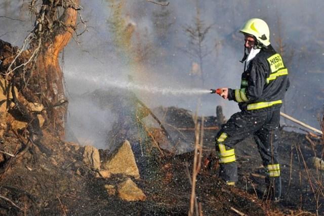 Požiar na Železnej studničke sa podarilo hasičom zlikvidovať