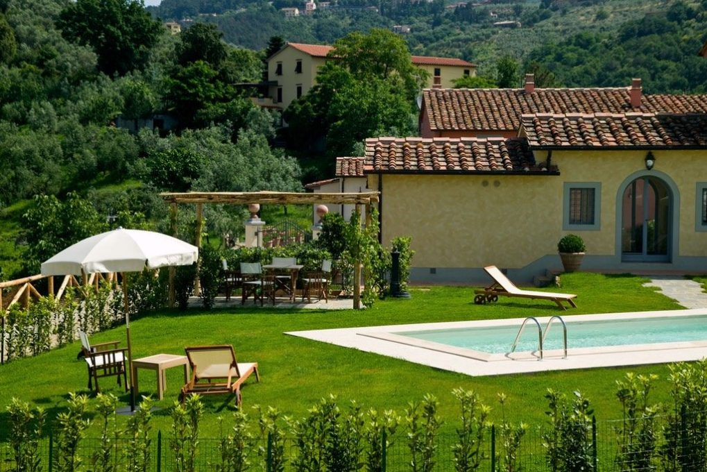 Piscina Fienile Borgo Casorelle