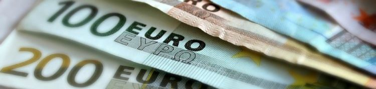 Several Euro bank notes placed in a fan shape