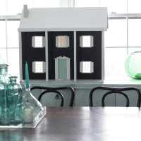 Dollhouse Progress: Exterior Paint