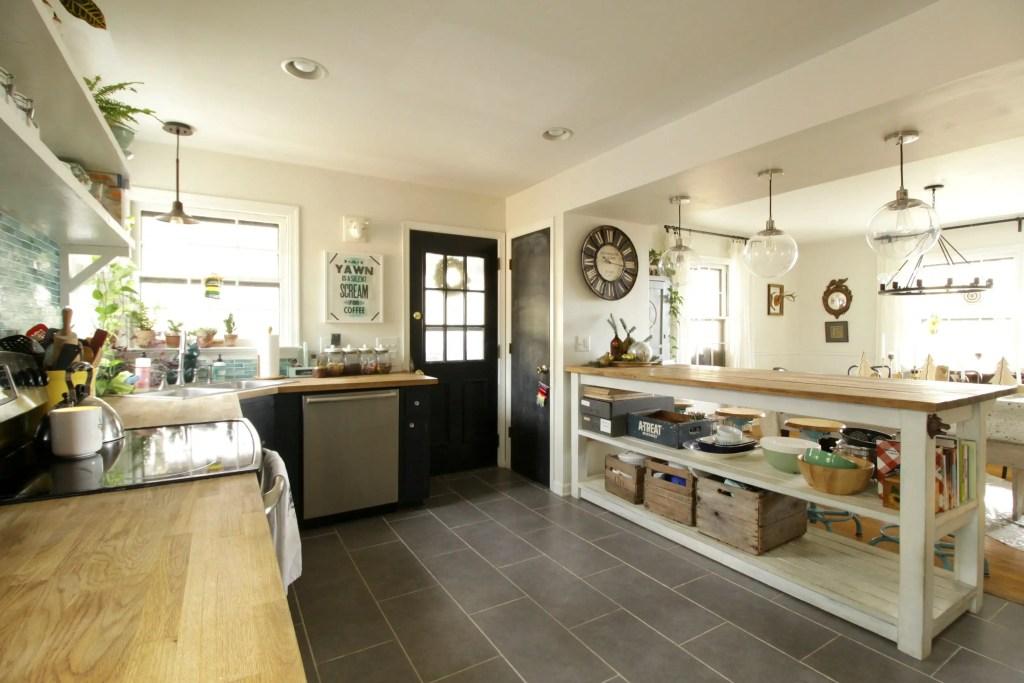vintage-industrial-farmhouse-kitchen