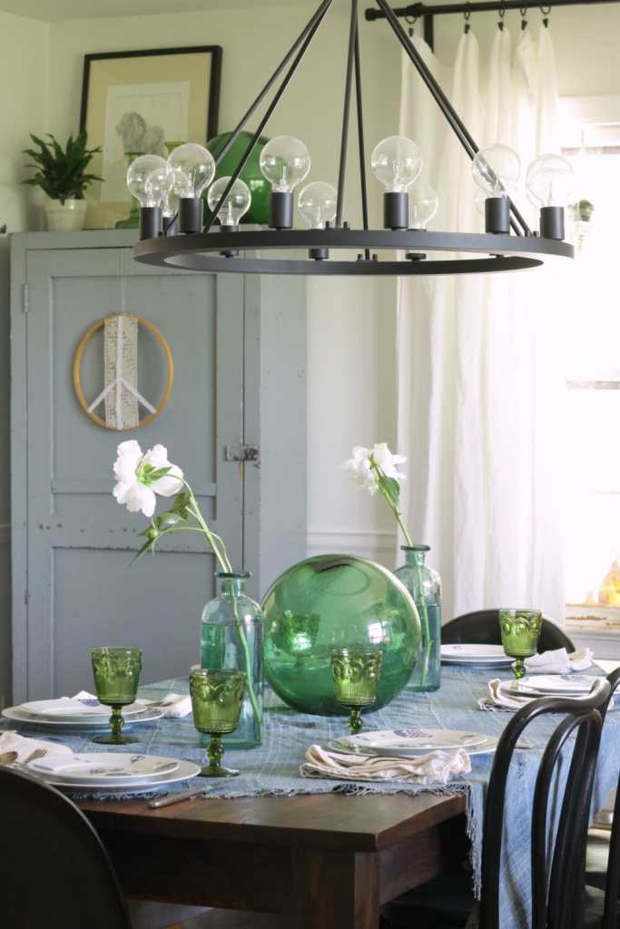 Blue and Green Summer Dining Room