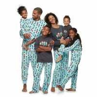 Favorite Christmas Tradition: Matching Pajamas