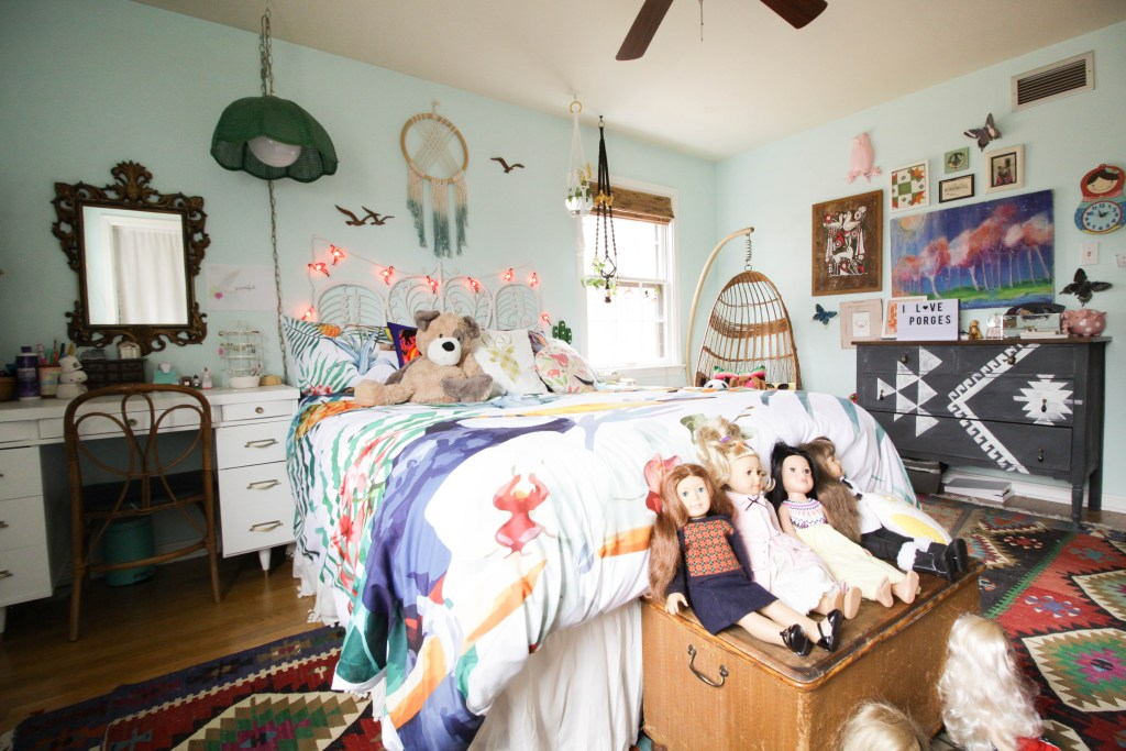 maximalist bohemian girl's bedroom