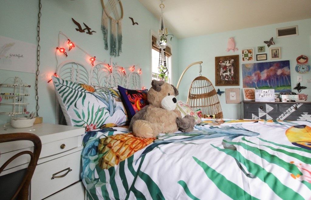 eclectic boho girl's room