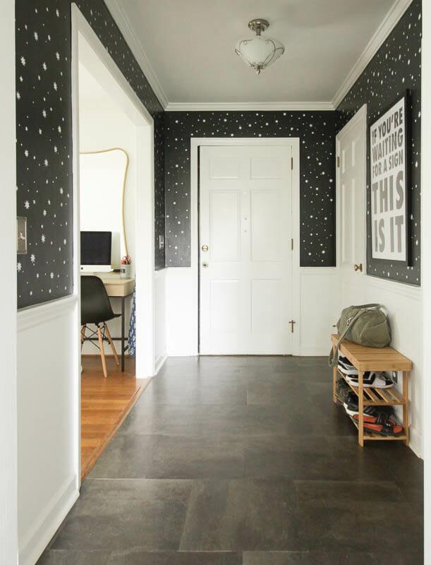 Stenciled Entry- DIY Stars
