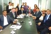 Presidente da Câmara vai à Brasília com Prefeita Mabel em busca de recursos para o município.