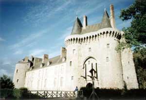 Casteland Le Site Des Chateaux Mdivaux Francais