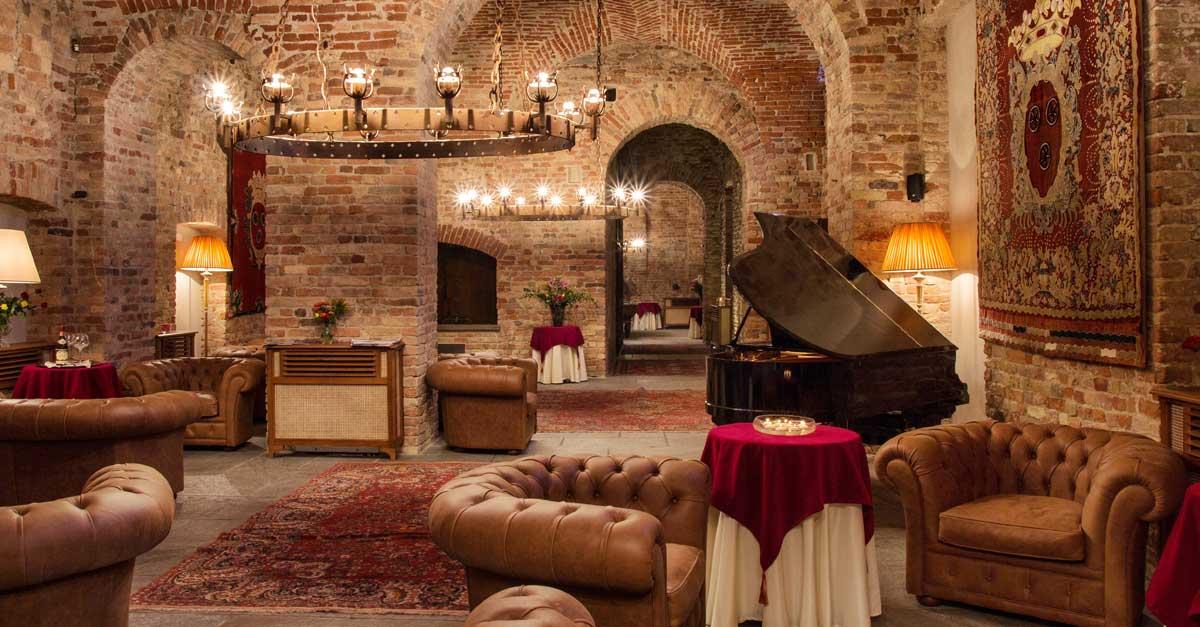 Hotel di lusso e ristorante vista Langhe patrimonio UNESCO