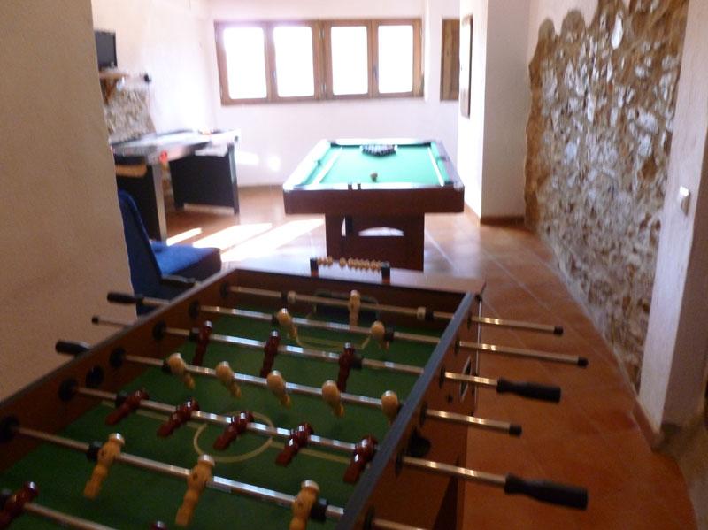 Sala de Juegos en casa Rural  Castelln Virtual