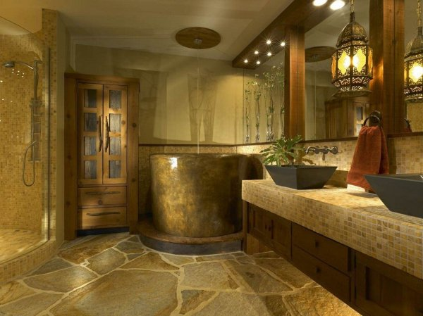 Decorating Rustic Bathroom - Cast Horn Design