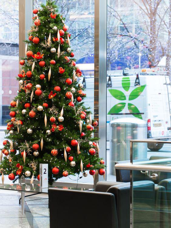 Inspiración para decorar la oficina en Navidad