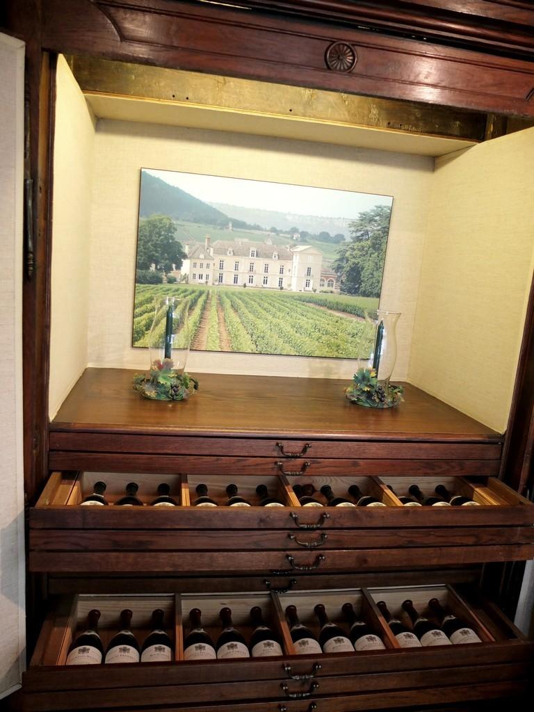 chateau_meursault_9593675884_o