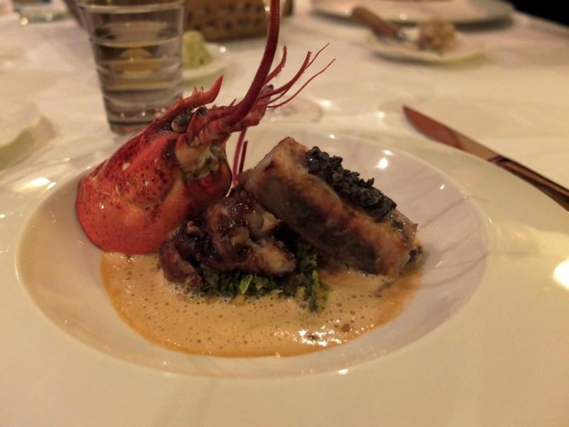 Queue de homard rôtie et croustillant de boudin blanc à la truffe noire - Philippe Bohrer Rouffach