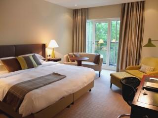 roccoforte-charleshotel-deluxe-room