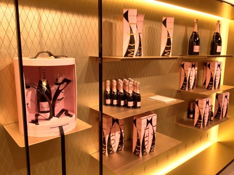 Champagne Moet & Chandon : Boutique