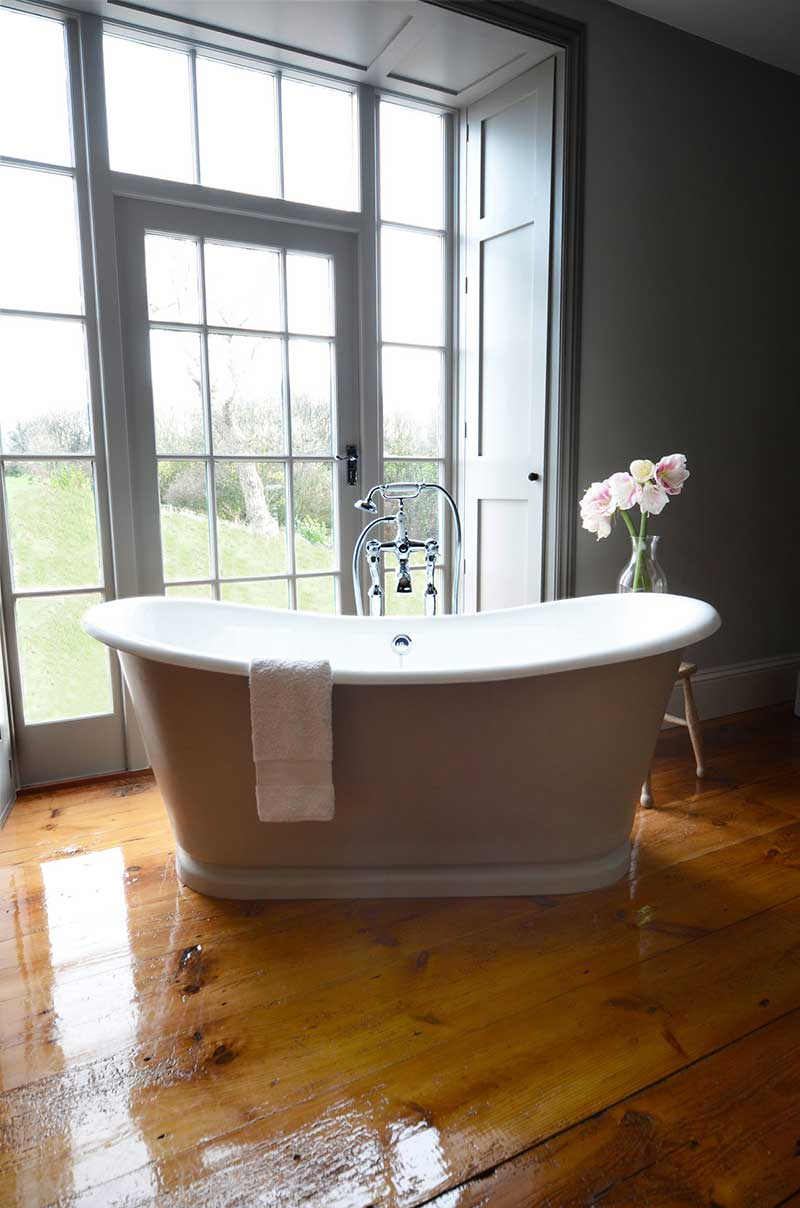 The La Rochelle Painted French Bateau Bath Painted French Bateau Bath