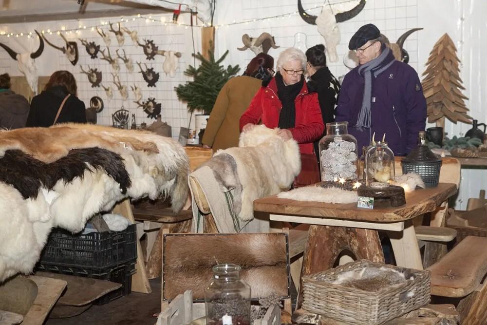 Sfeer op Castle Christmas Fair 2015 te Heemskerk