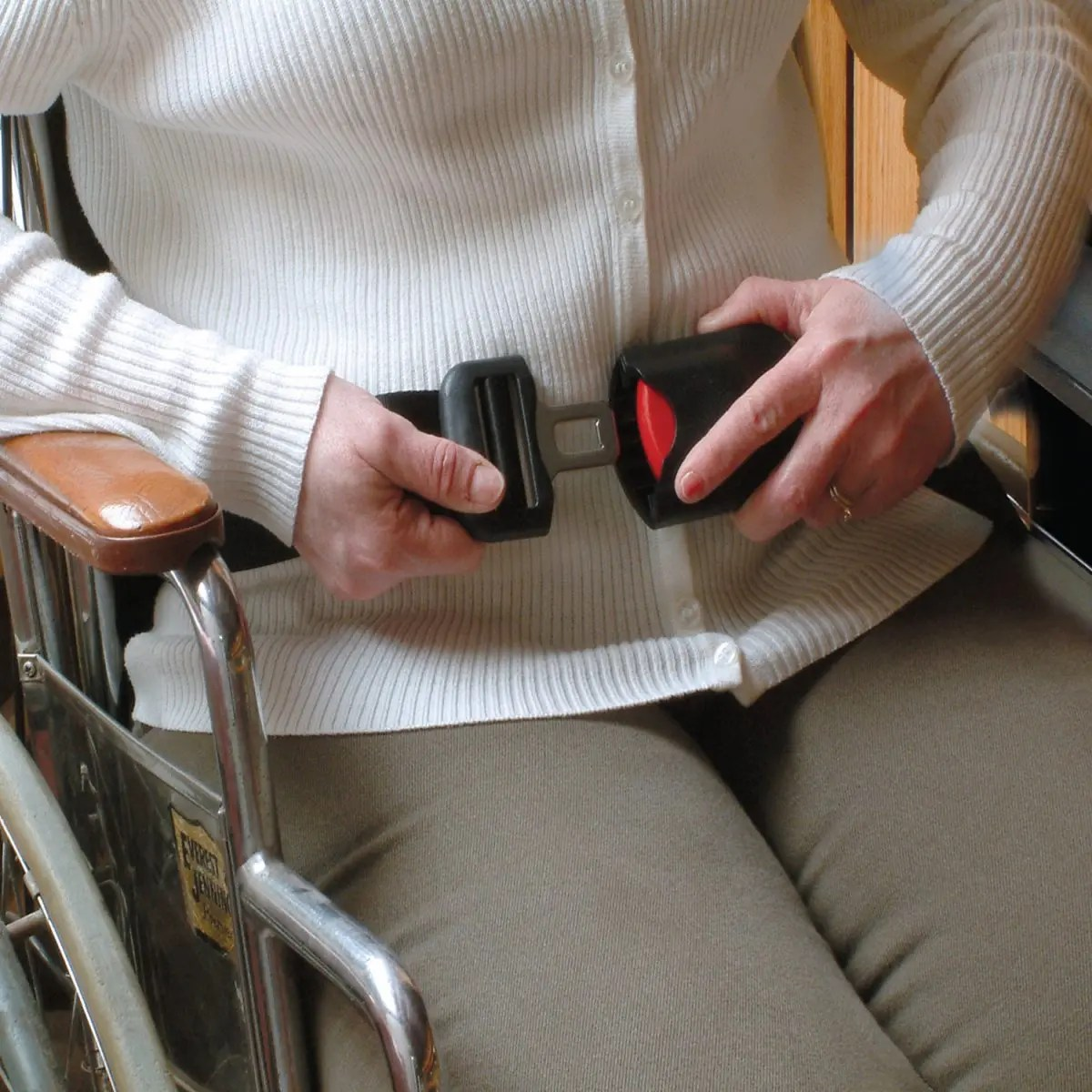 wheelchair seat belt best fitness ball chair easy release alarm tl 2109 castle