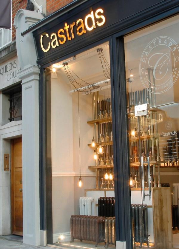 Castrads Chelsea Cross Banner