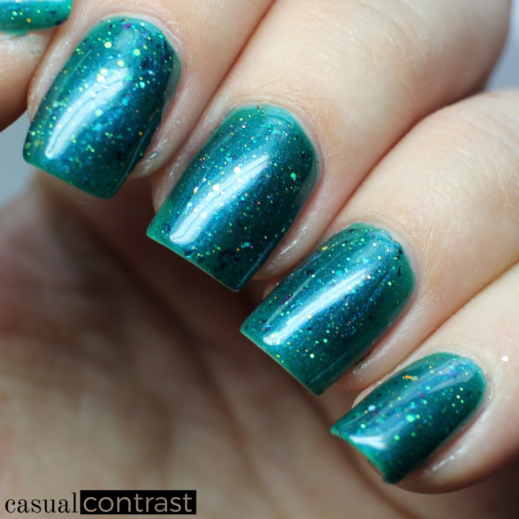 ALIQUID Starling from the ALIQUID Nail Polish Is For The Birds Collection • Casual Contrast