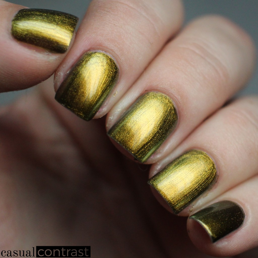 Infinity from the LeChat Perfect Match Metallux Collection: Swatches & Review • Casual Contrast